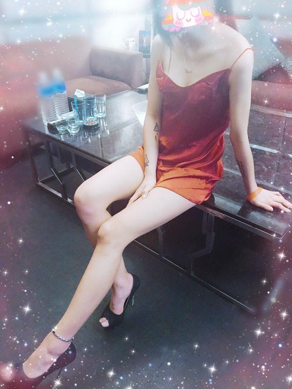 【香水】火辣睡衣趴開跑-【台北夜總會制禮便服酒店】【武小P】